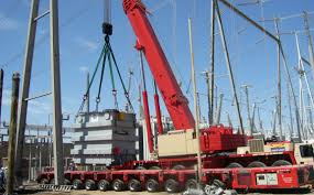 who is responsible for mobile crane lifts in construction