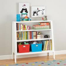 Kid Bookshelf 1000 Ideas About Kid Bookshelves On Pinterest Ba Bookshelf