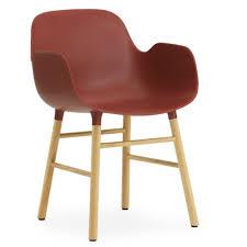 Esszimmerstuhl Klassisch Normann Copenhagen Stuhl Mit Armlehnen Form Rot Eichenholz Und