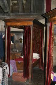 gryffindor bedroom harry potter studios watford harrypotterfan327
