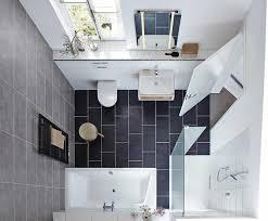 moderne badezimmer mit dusche und badewanne tipps für kleine badezimmer nischendasein eckdusche