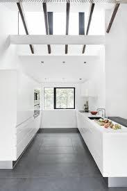 cuisine blanche carrelage gris carrelage pour cuisine blanche excellent carrelage pour cuisine