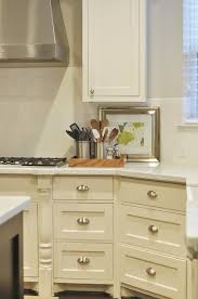 what color kitchen cabinets go with agreeable gray walls kitchen cabinets transitional kitchen sherwin
