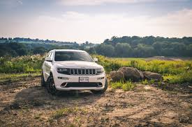 bmw jeep 2015 review 2015 jeep grand cherokee srt canadian auto review