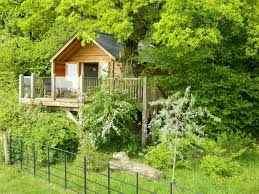find awesome treehouse holiday homes near