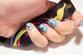 how to paint a peacock design on your nails 13 steps