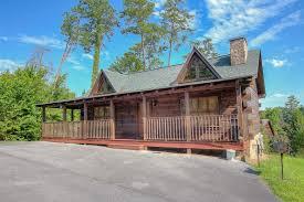 1 bedroom cabin rentals in gatlinburg tn a hibernation station 1 bedroom cabin rental in sevier county