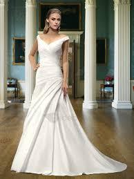 robe de mari e classique robe de mariée classique a ligne de l épaule v cou tribunal
