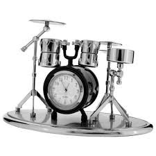 horloge de bureau horloge de bureau en forme de batterie c223bk walmart canada