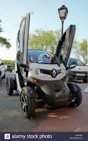 twizy renault renault twizy production unit on the street with optional doors