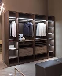 armadi di design cabina armadio con appendiabiti di alto design idfdesign