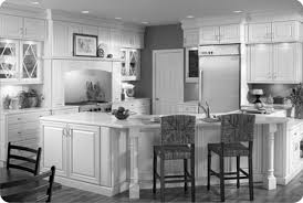 Kitchen Island With Bar Stools by Decorating White Kraftmaid Cabinets With Stove And Fridge Plus