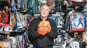 Seeking Kyle Actor Alec Baldwin Gets S Skin The Atlantic