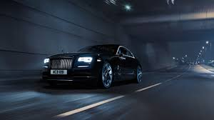 rolls royce inside lights a test drive in the 350 000 2017 rolls royce black badge men u0027s