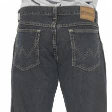 wrangler rugged wear men u0027s relaxed straight fit jean academy