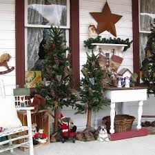 Outdoor Xmas Decorations by 46 Beautiful Christmas Porch Decorating Ideas U2014 Style Estate