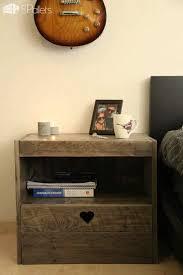 pallet nightstand u2022 1001 pallets