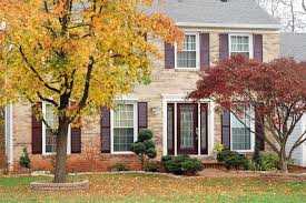 Landscaping For Curb Appeal - 7 curb appeal tips for fall hgtv