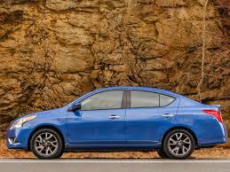 nissan versa que gasolina usa top 10 los autos que menos consumen gasolina autocosmos com