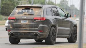 trackhawk jeep black 700 hp jeep grand cherokee trackhawk may debut in april