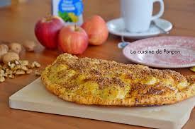 chausson cuisine chausson feuilleté aux pommes bananes et spéculoos la cuisine de