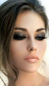 Makeup And Hair Classes Take The Makeup Master Class Course At Sassi