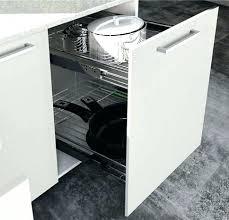 meuble de cuisine rangement caisson cuisine 30 cm rangement coulissant meuble cuisine rangement