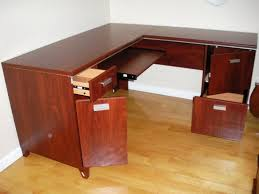 Diy Large Desk Diy Large Corner Desk Three Things To Consider When Buying A
