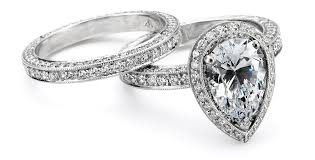 Pear Shaped Wedding Ring by What Does Your Engagement Ring Say About You And Your Wedding
