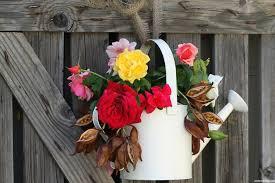 simple small room flower decoration ideas