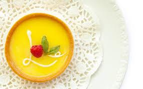 amour de cuisine tarte au citron tarte de citron avec le glaçage d amour photo stock image du