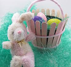 wooden easter baskets 10 retro easter crafts most you made as a kid