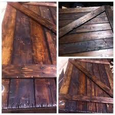 Wood Barn Doors by Distressed Wood Barn Door Stain Home Beautify Pinterest