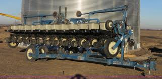 1998 kinze 2600 interplant planter item k7083 sold febr