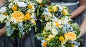 wedding flowers on a budget valley weddings creating the wedding flower budget