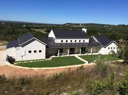 Modern Farmhouse Ranch Lavish Houses Welcome Guests To The Hill Country San Antonio