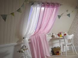 rideaux chambre d enfant des tringles à rideaux pour une chambre d enfant leroy merlin