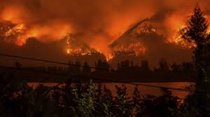 Wildfire Country Club Canada by Ash Covers Oregon Cities Wildfire Smoke Chokes Us West Wreg Com