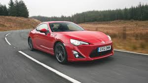 nissan 370z or toyota gt86 newmotoring why is no one buying the toyota gt86
