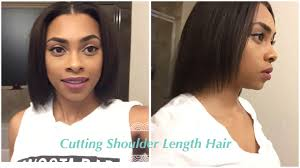 how to trim relaxed hair how i trim my shoulder length hair relaxed hair journey youtube