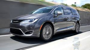 chrysler 2017 chrysler pacifica review and road test youtube