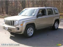 dark gray jeep patriot 2010 jeep patriot sport 4x4 in light sandstone metallic 530764
