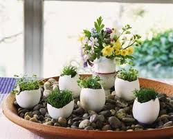 Miniature Flower Vases Recycling Egg Shells For Miniature Vases Green Easter Decorating