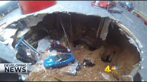 where is the national corvette museum sinkhole at national corvette museum swallows 8 vehicles wsmv 4