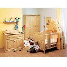 chambre enfant pin chambre bebe pin massif décoration de maison contemporaine