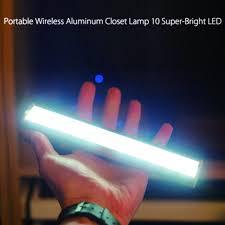 battery powered motion night light battery powered motion sensor pir 10 led night light lees