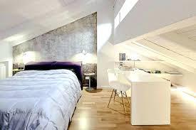 chambre sous combles couleurs chambre sous comble amenagement chambre sous combles pite a la