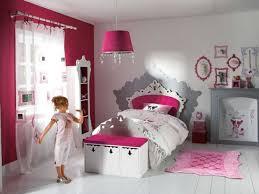 deco chambre parme étourdissant deco chambre fille princesse et enchanteur chambre