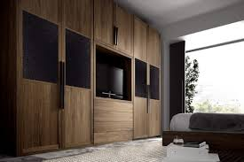 dressing chambre à coucher l armoire dressing dans la chambre à coucher moderne armoires