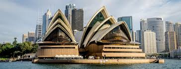 sydney opera house is a masterpiece of late modern architecture